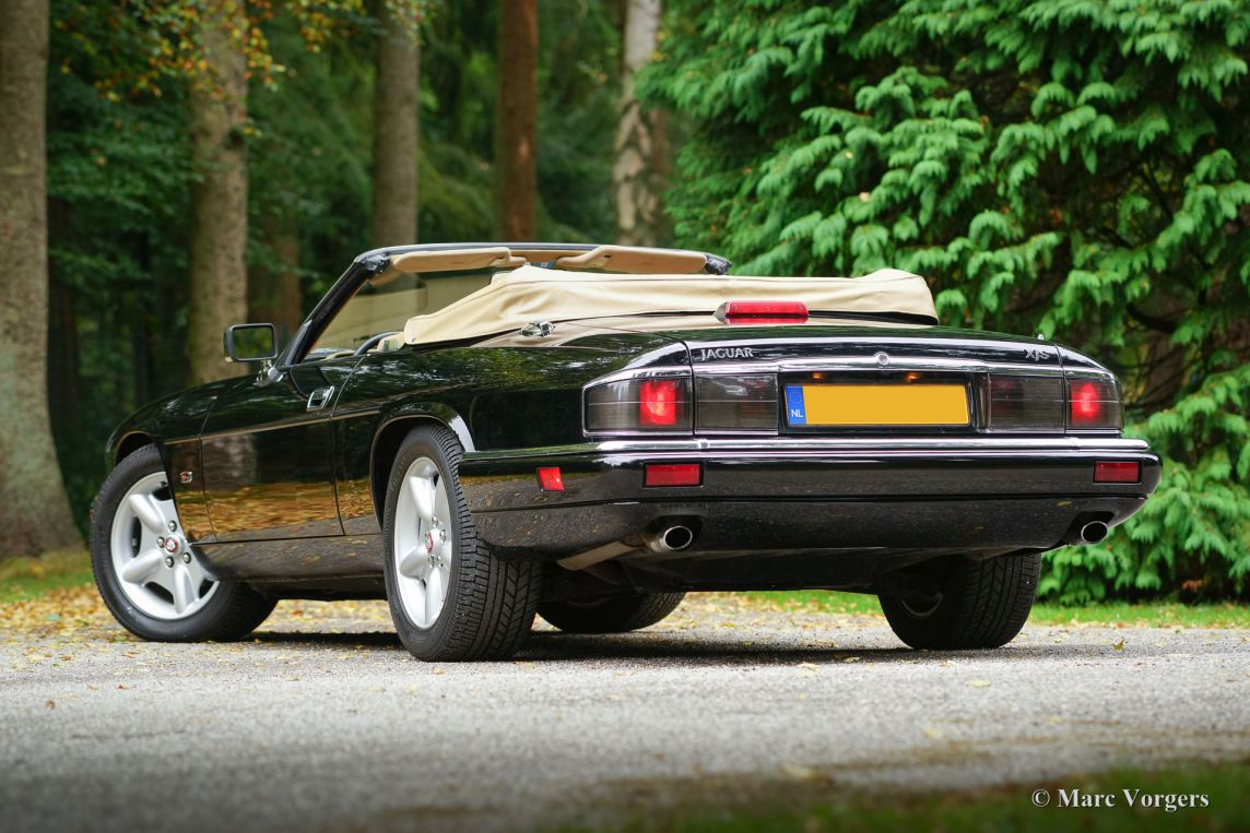 jaguar xjs 4 0 convertible 1995 classicargarage de. Black Bedroom Furniture Sets. Home Design Ideas
