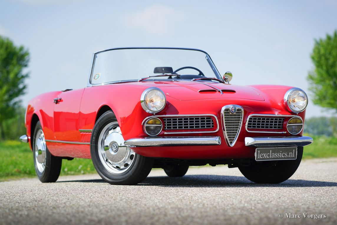 alfa romeo 2000 touring spider 1961 classicargarage de. Black Bedroom Furniture Sets. Home Design Ideas
