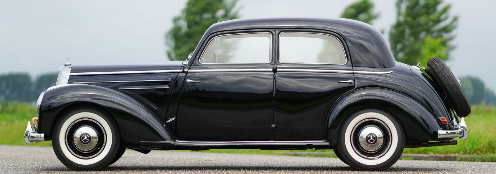 mercedes benz 220 limousine 1952 classicargarage de. Black Bedroom Furniture Sets. Home Design Ideas
