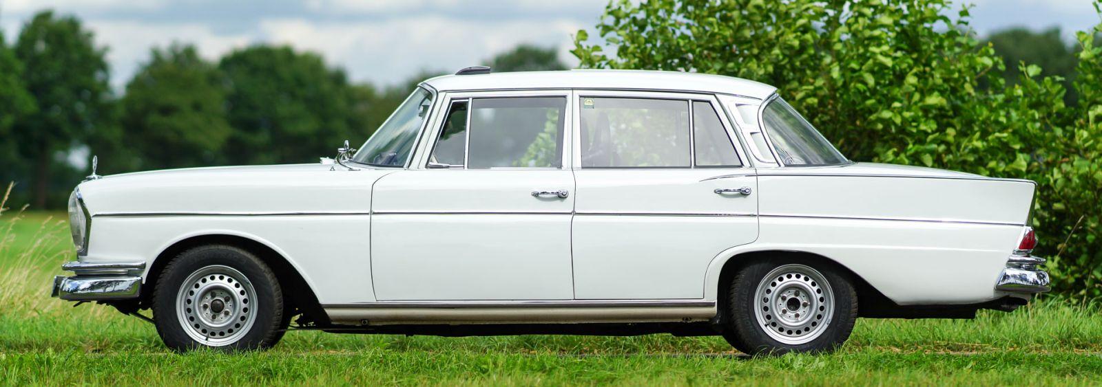 Mercedes benz 300 se rally 1962 classicargarage de for Rallye mercedes benz